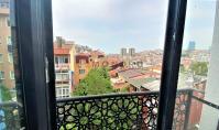 IS-883, Istanbul Beşiktaş'ta Deniz Manzaralı Balkonlu 80 m² Daire